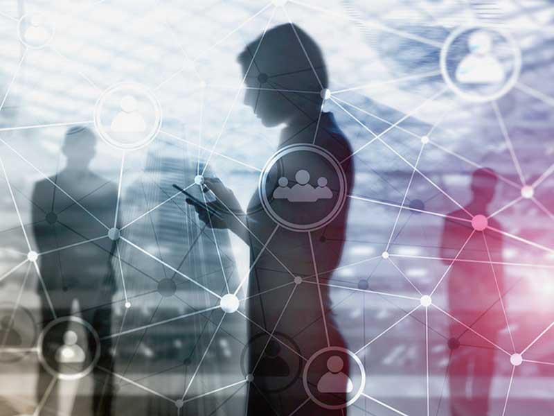 Avec l'avènement des nouvelles technologies, IA prend une place proéminente dans le quotidien des consommateurs. En même temps, la relation client en est transformée.
