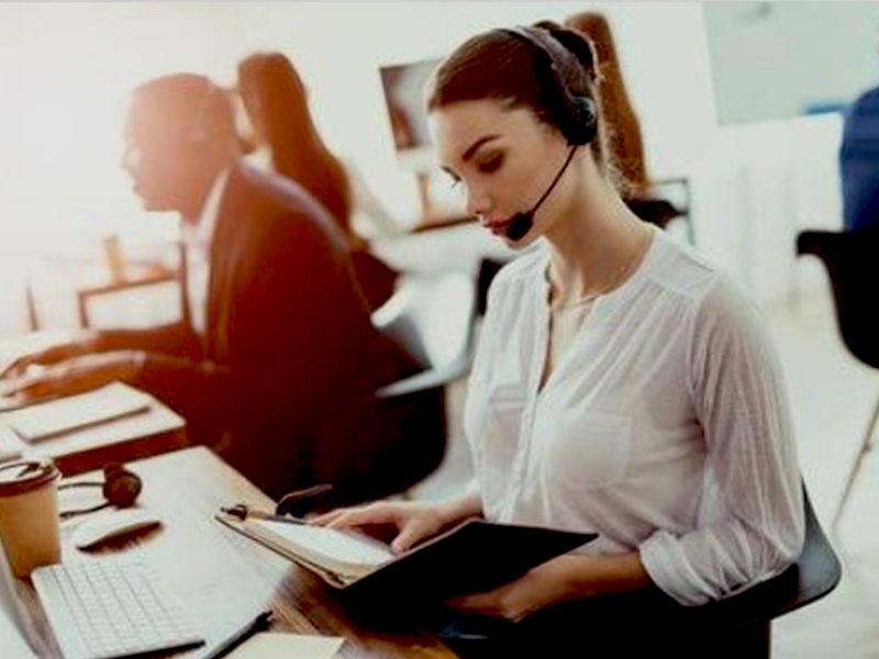 Découvrez nos diverses solutions de gestion de la relation client adaptées aux besoins spécifiques de nos donneurs d'ordre. Contactez-nous pour plus d'info.