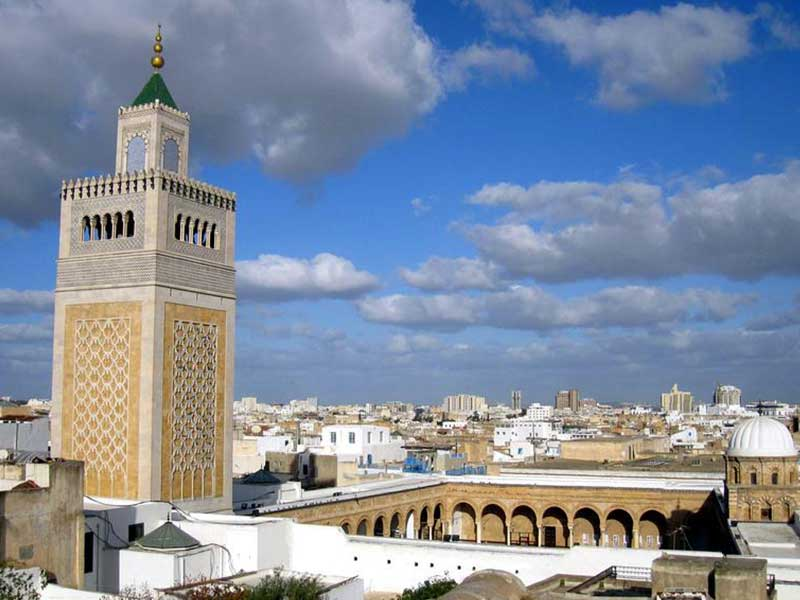 Découvrez comment la Tunisie est devenue le premier pays en matière de liberté sur internet au Maghreb.