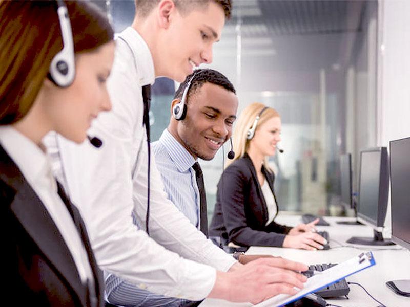 Dans l'industrie de la relation client, le relationnel joue un rôle crucial. À cet effet, le compliment y tient une place de choix pour la satisfaction des employés et des clients.